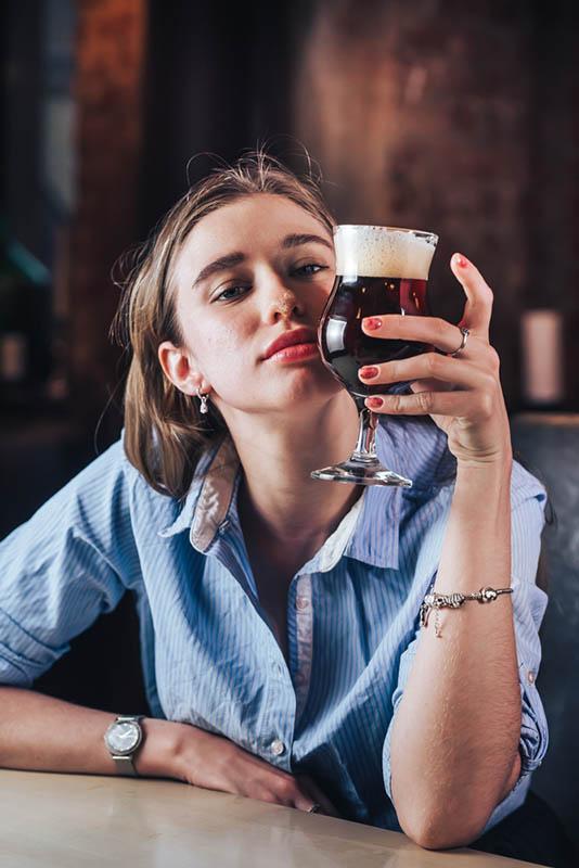 Вишневое пиво. Бабоукладчик - Бельгийская брассери 0.33